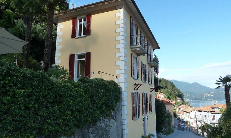 B Casa Forster Cannero Riviera